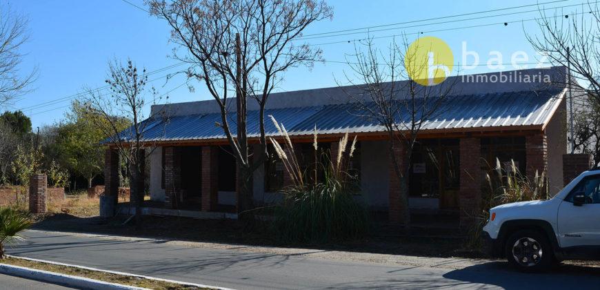 3 LOCALES COMERCIALES EN LOS MOLLES