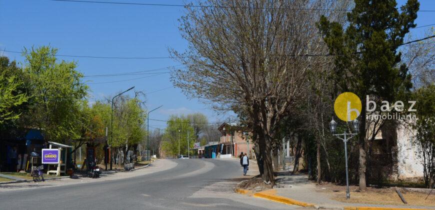 IMPORTANTE LOTE COMERCIAL CON CASA EN ESQUINA